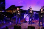 jazz-noel_irakli-les-louis-ambassadors-8